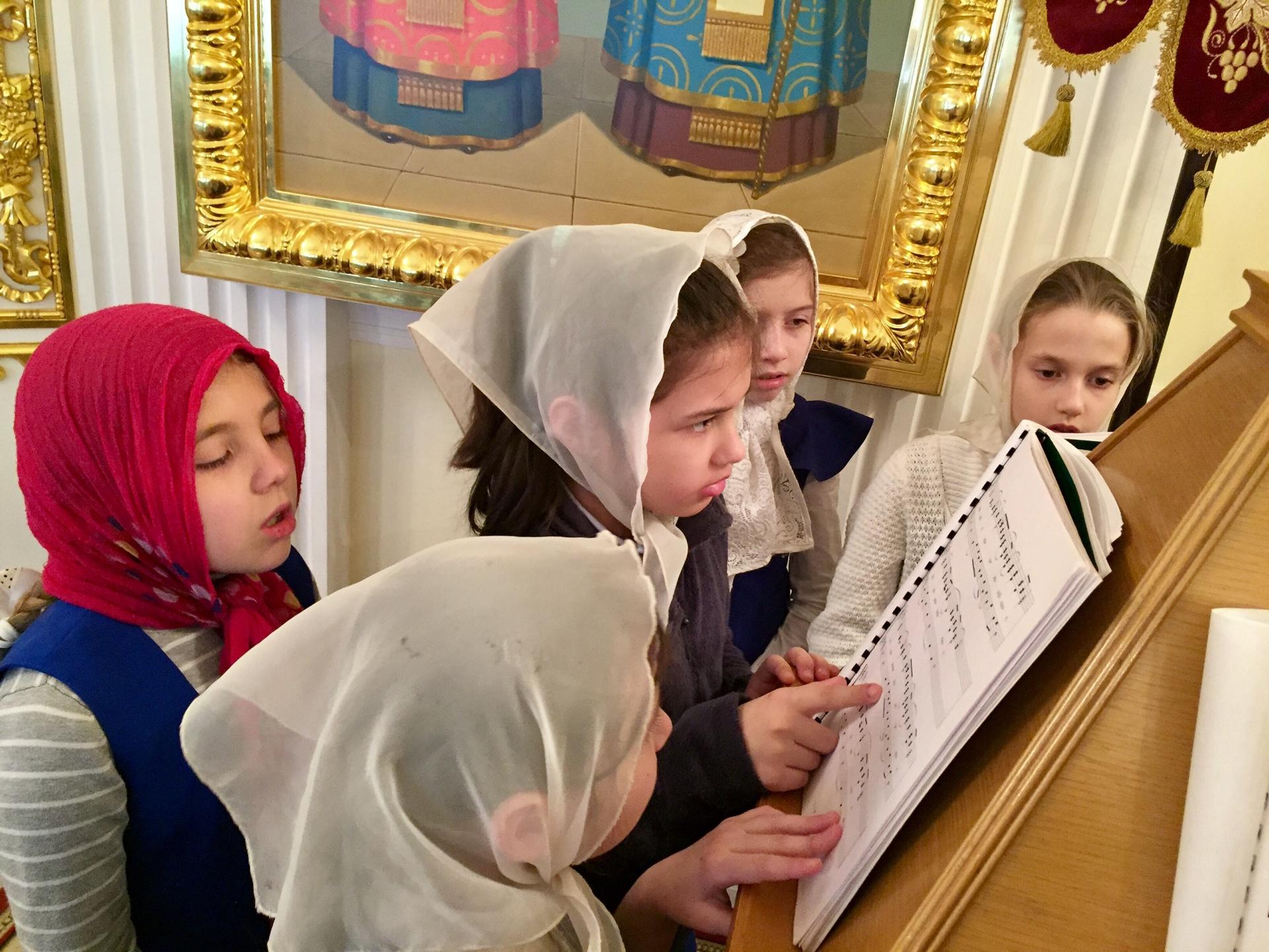 Воскресенское Тверская что петь детям на литургии стоит ожидать улучшения